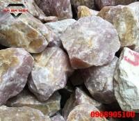 Đá thạch anh hồng khối thô dùng trong chế tác sản phẩm phong thủy
