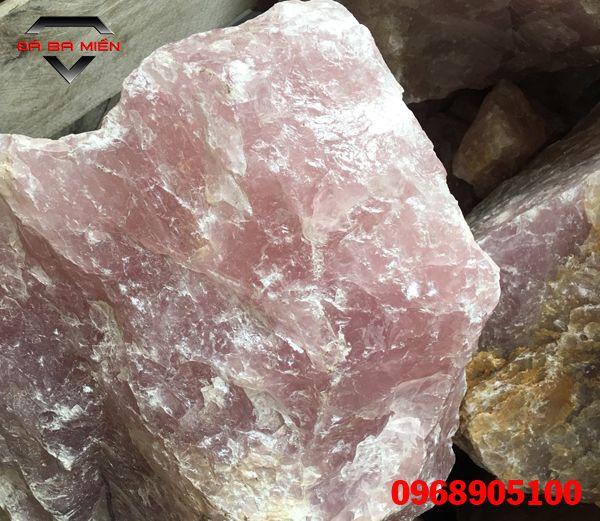 đá thạch anh hồng Braxil